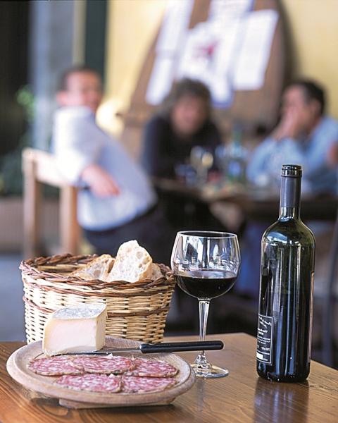 vino- formaggio Franciacorta sapori