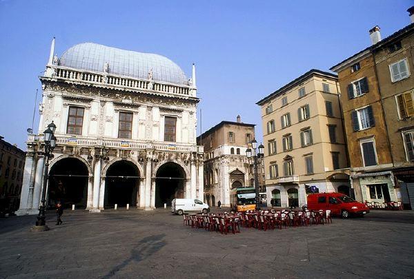 Beautiful B&b La Terrazza Brescia Images - Idee Arredamento Casa ...