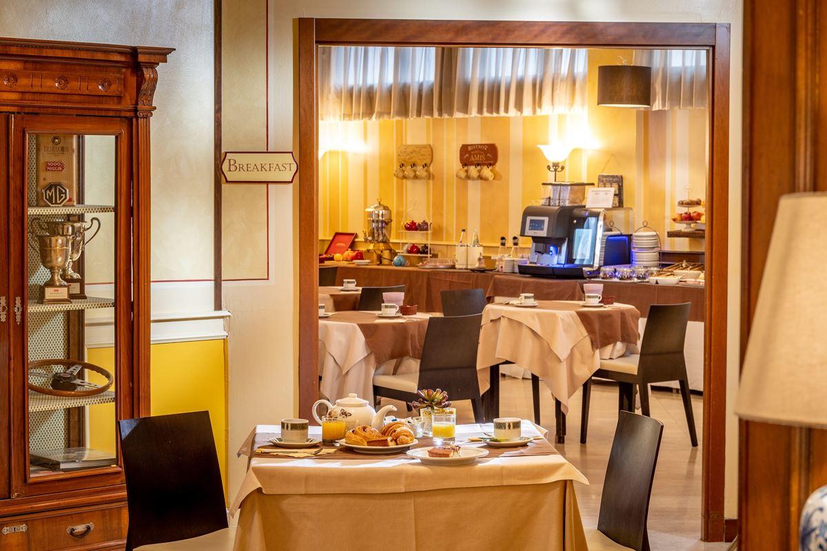 Hotel Ambasciatori, colazioni