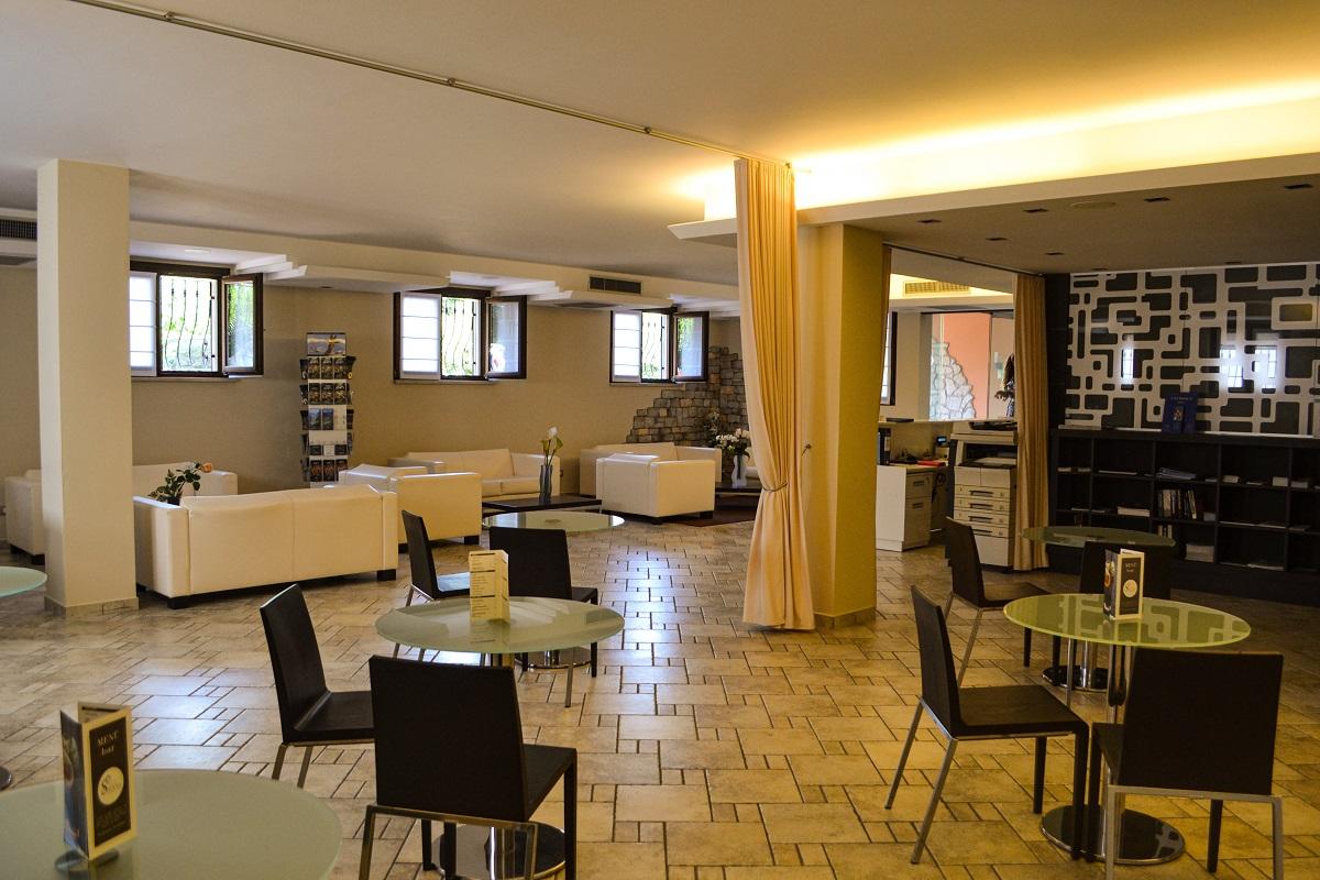 Bar Donna Silvia Wellness Hotel, Manerba del Garda