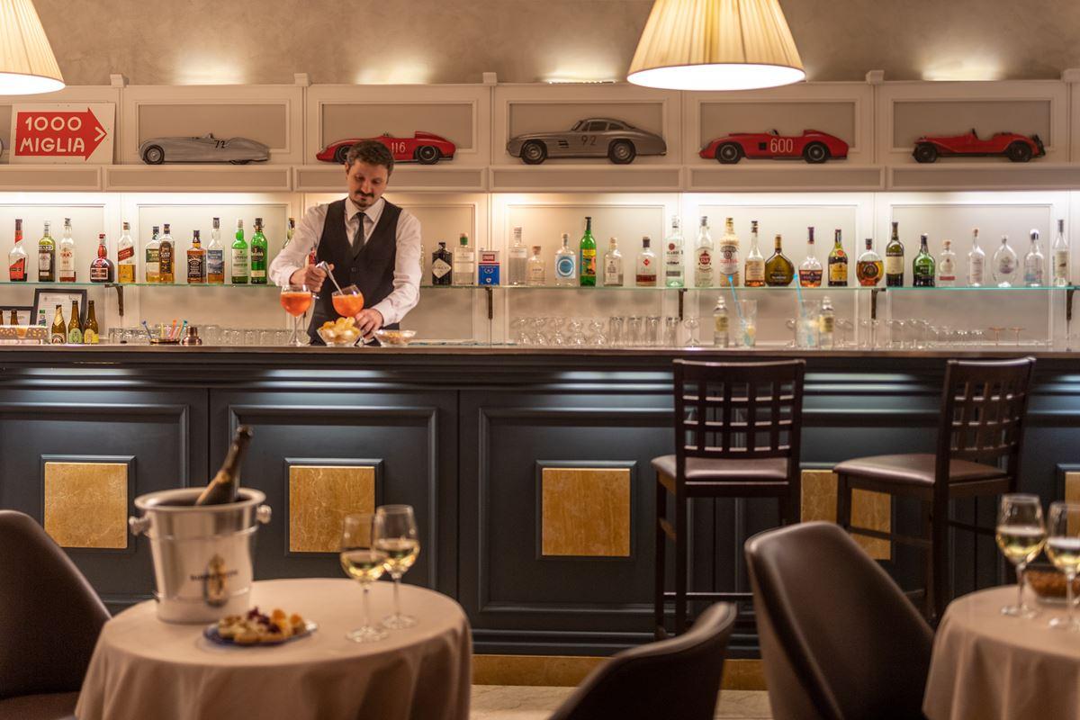 Hotel Ambasciatori, bar