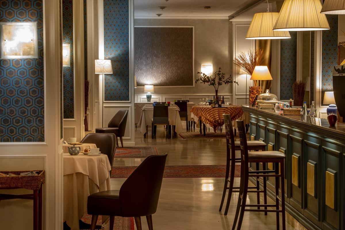 Hotel Ambasciatori, bar e ristorante