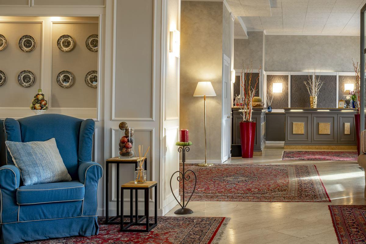 Hotel Ambasciatori, reception