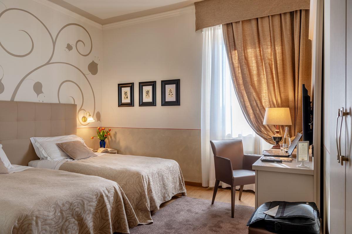 Hotel Ambasciatori, camera