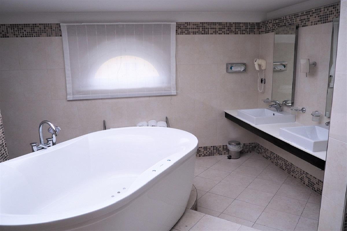 Hotel Master, Brescia, Olympus Digital Camera