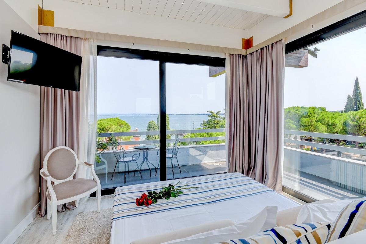 Hotel Oliveto, Desenzano, camera con vista