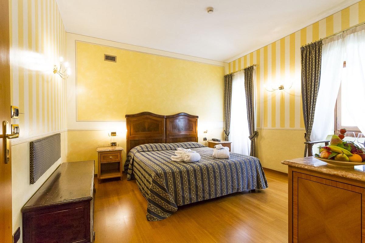 Hotel Porta del Sole, camera matrimoniale