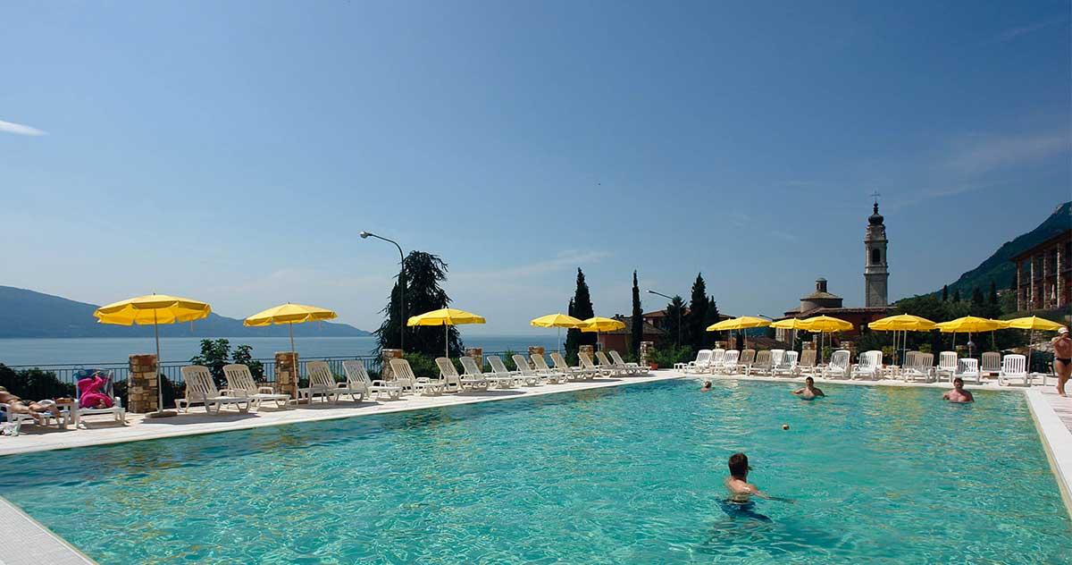 Borgo dei Limoni, piscina esterna