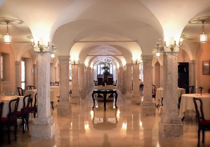 Villa fenaroli palace hotel brescia tourism for Catalogo bricoman rezzato brescia