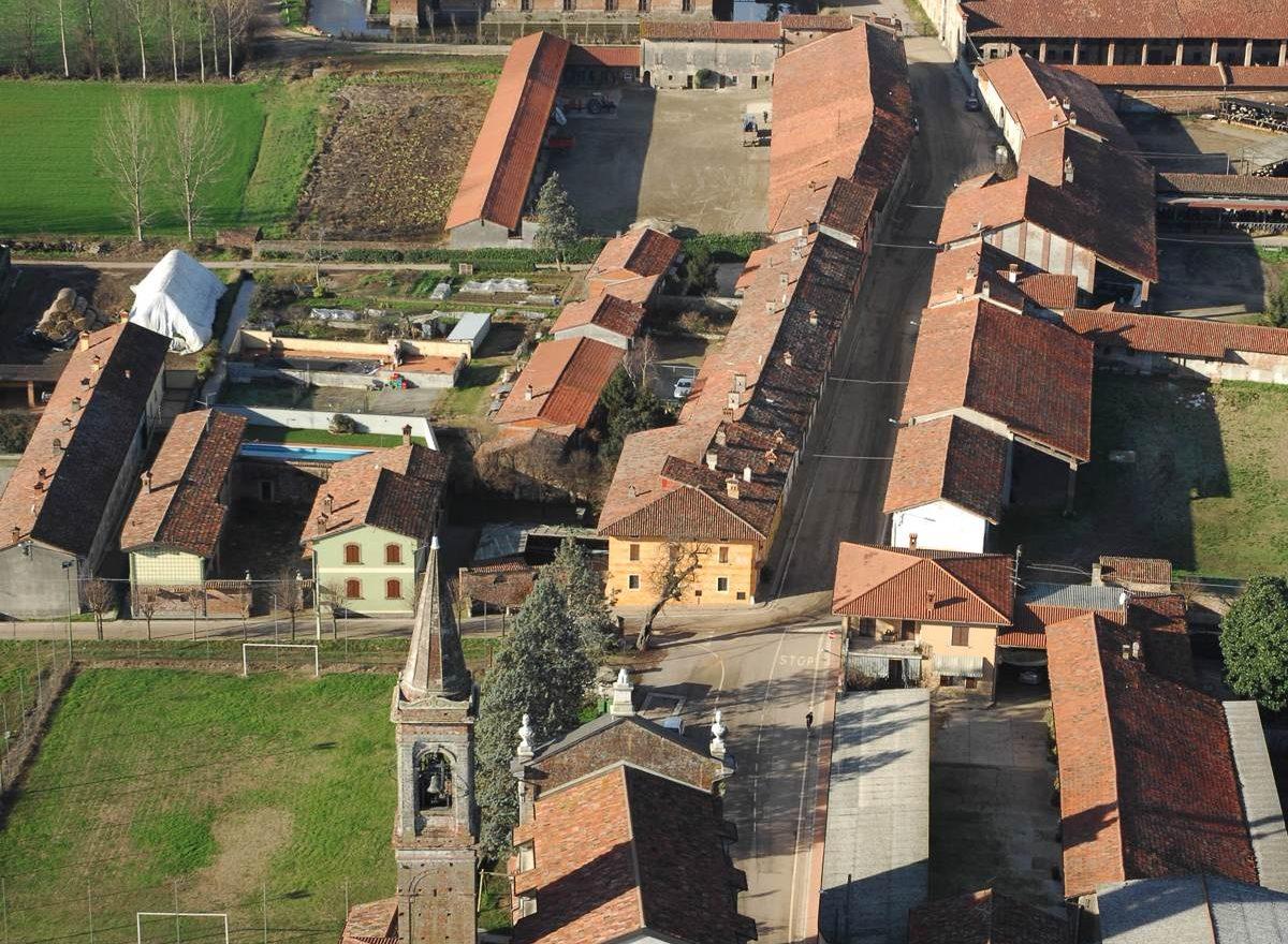castello di Padernello dall'alto