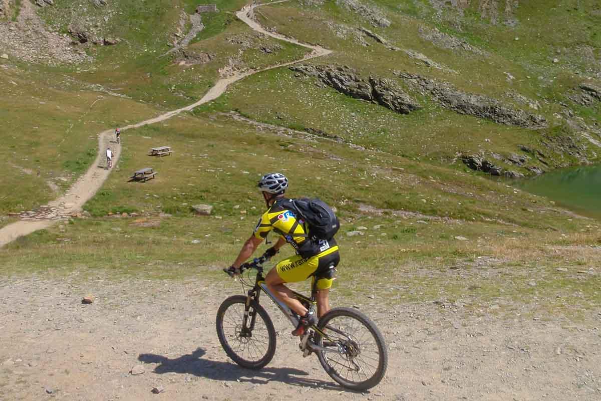 In bici al rifugio Bozzi