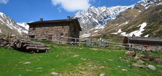 In bici in Val Grande