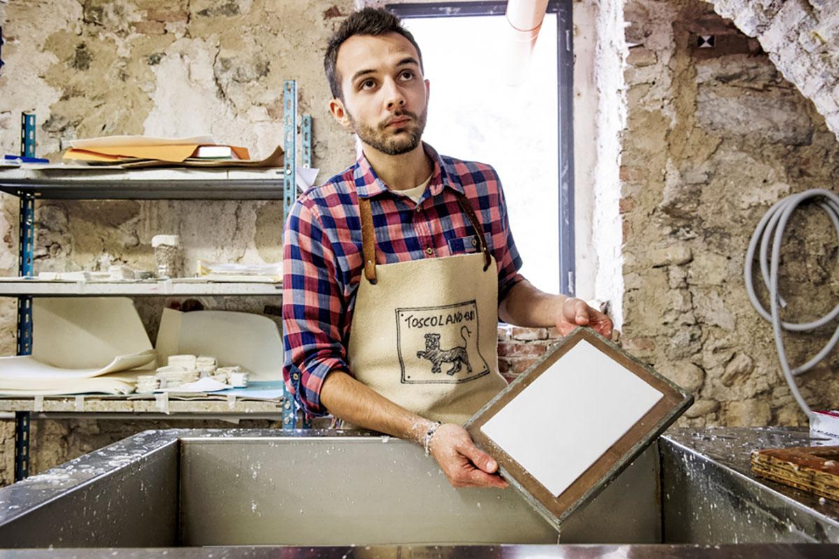 Toscolano 1381: Marco Castellini. 25 anni. Lavora come apprendista mastro cartaio