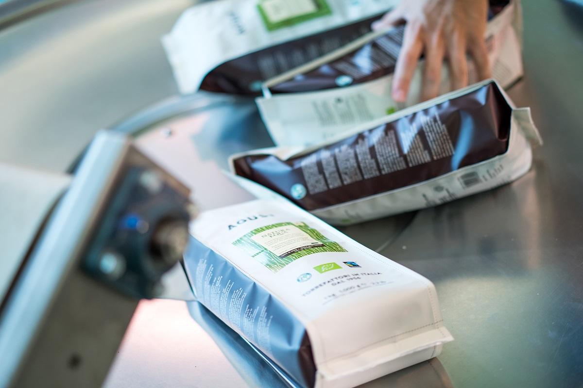 pacchetti di caffè Agust