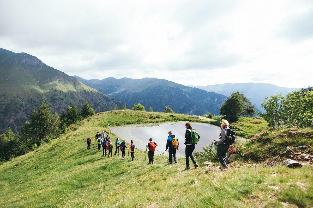 trekking in Maniva