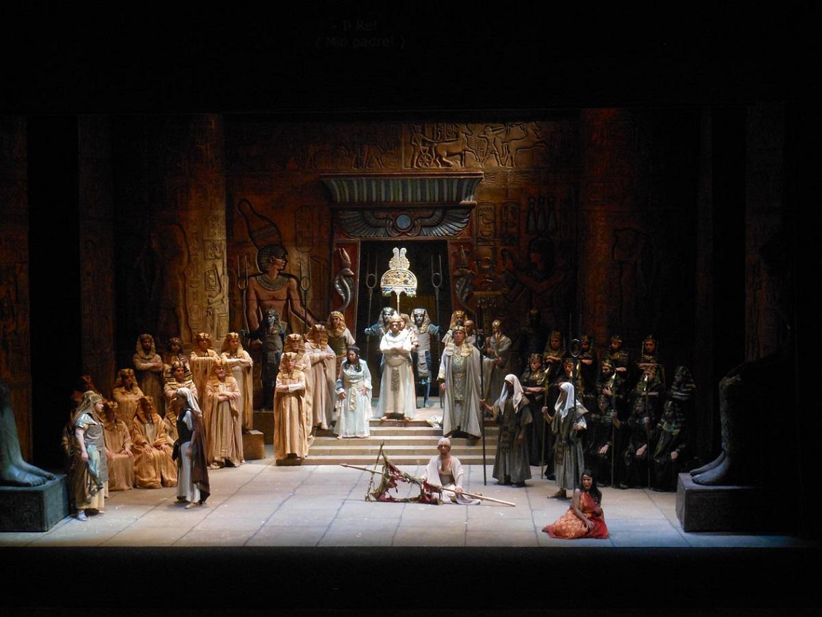 Opera, Teatro Grande