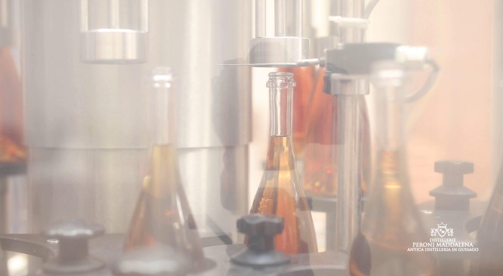 Lavorazione presso la Distilleria Peroni di Gussago