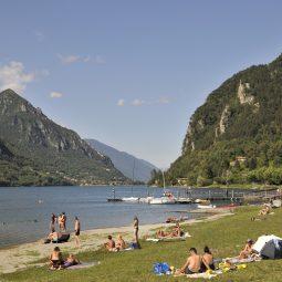 Spiaggia lago d'Idro