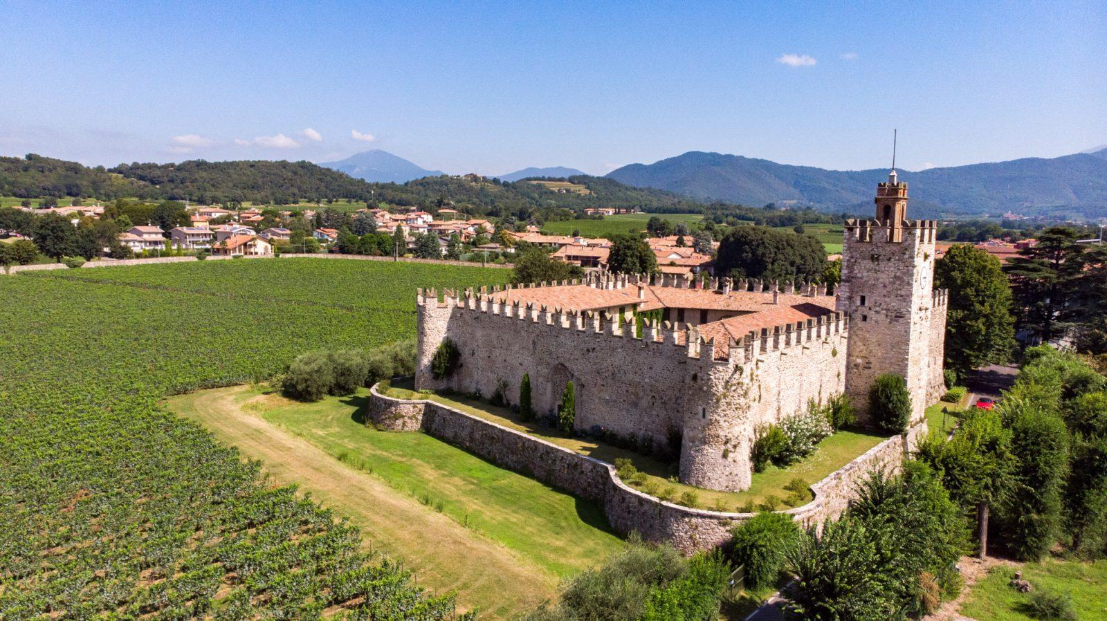 Castello di Passirano in Franciacorta