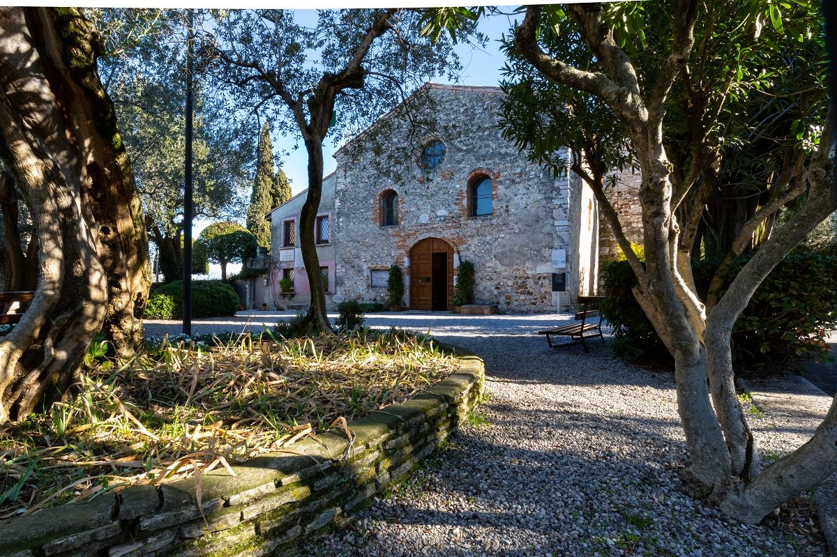 Chiesa di San Pietro in Mavino a Sirmione