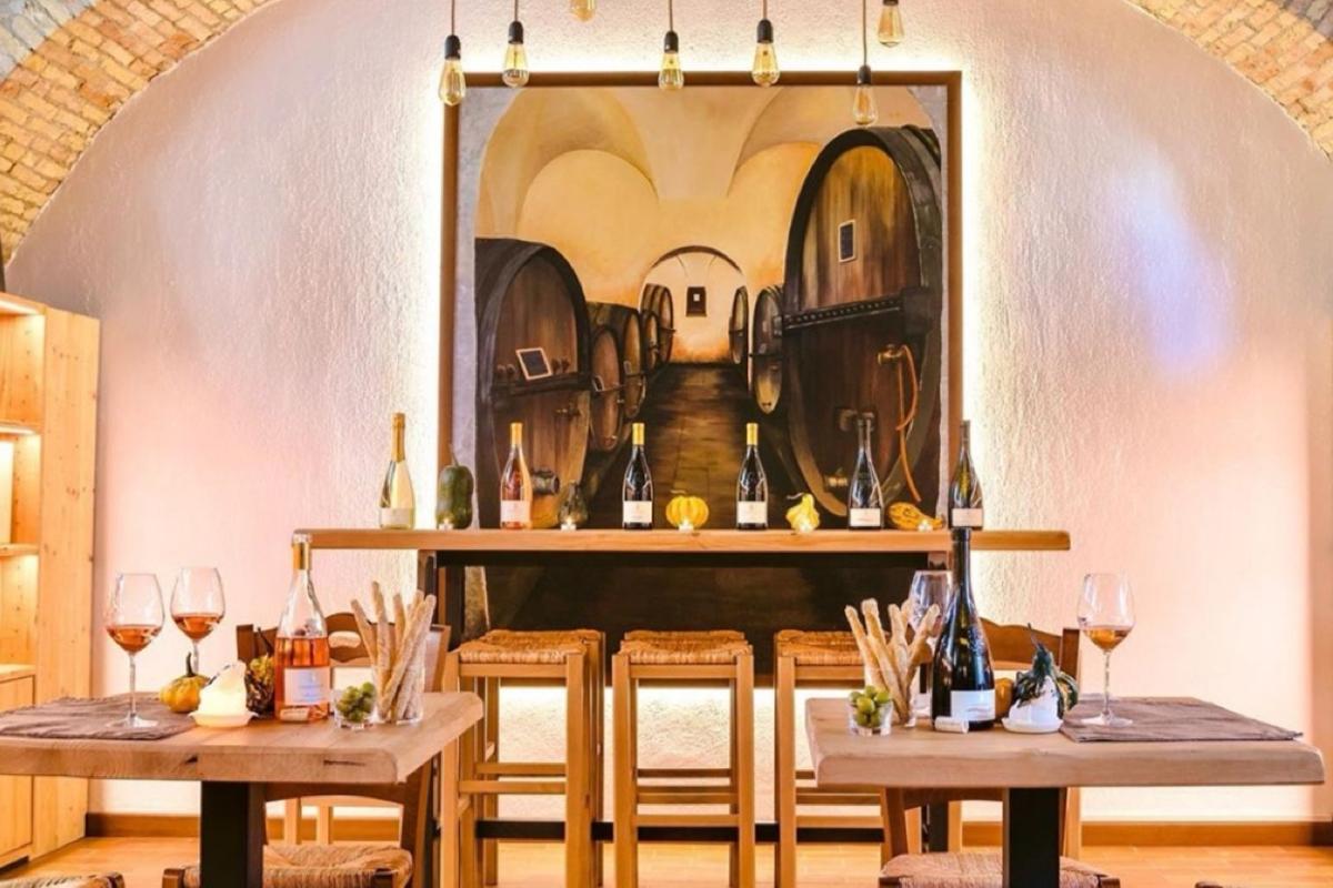 tavolo per degustazione di vino della Valtenesi