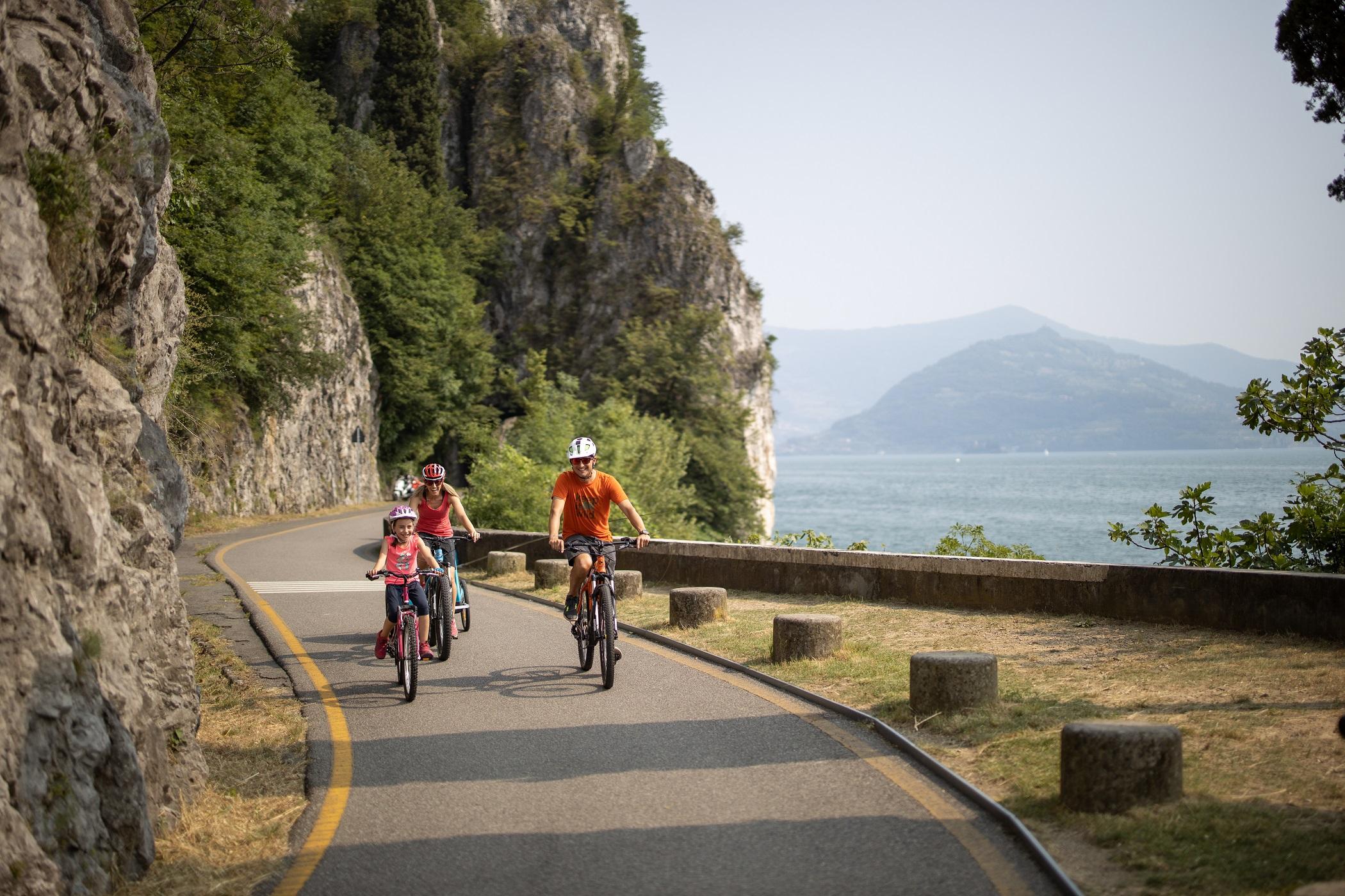 Bici sul lago d'Iseo