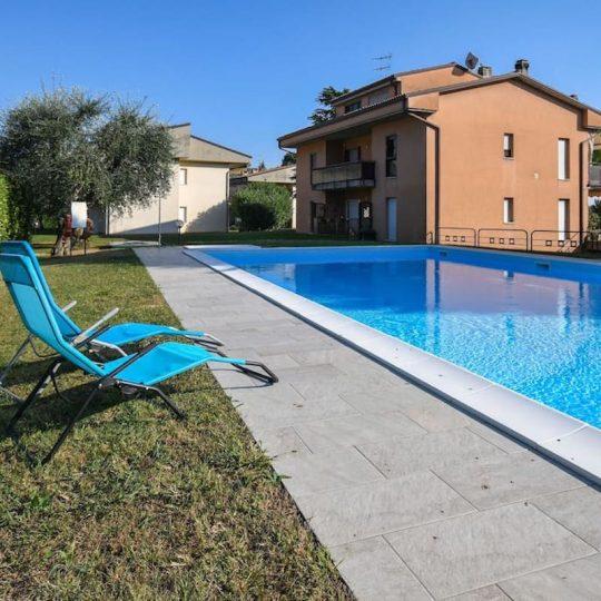Prato Verde Residence, piscina esterna