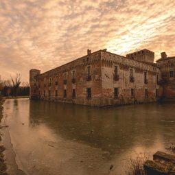 Il Castello di Padernello in inverno