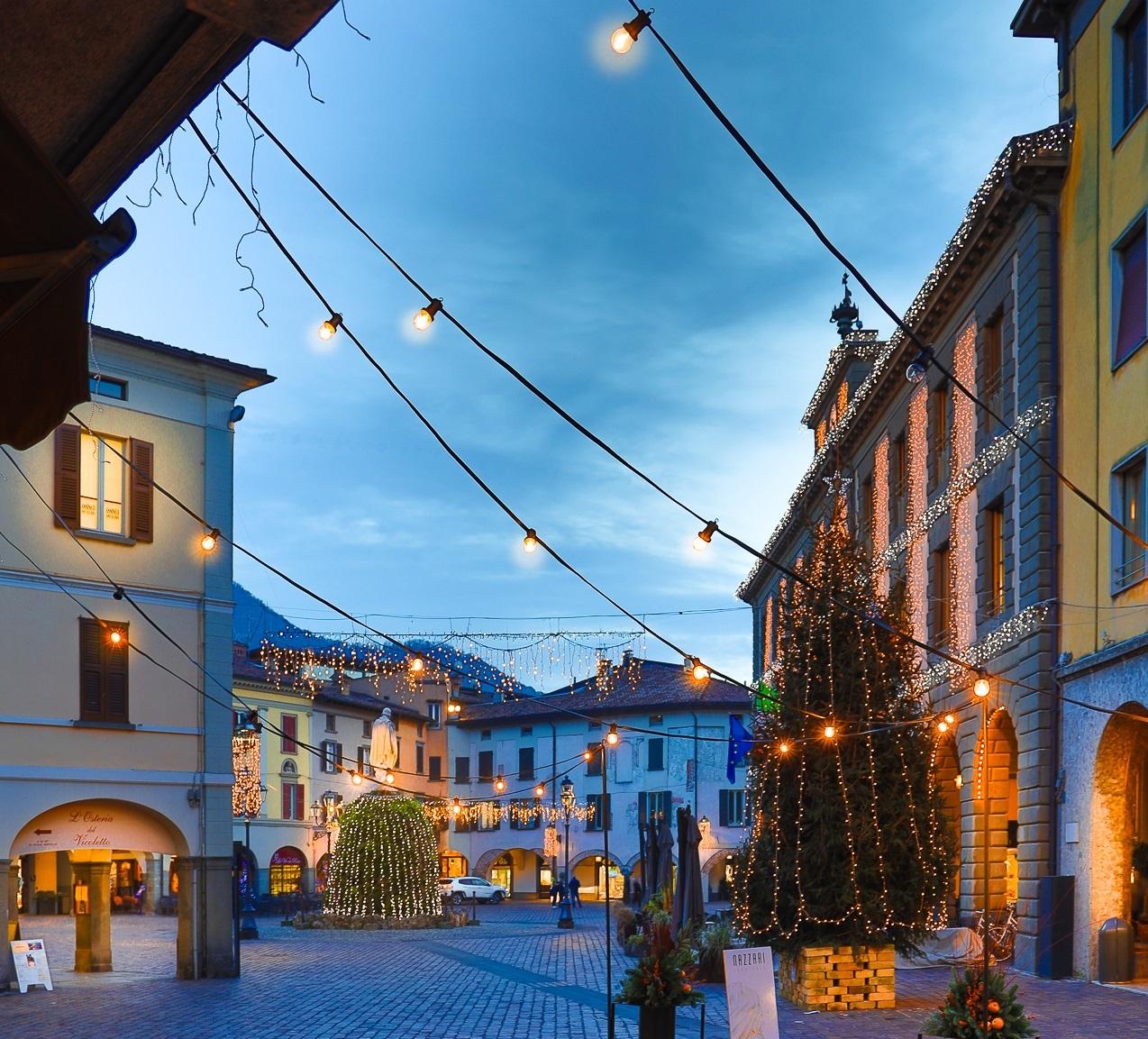 Iseo, Piazza Garibaldi a Natale
