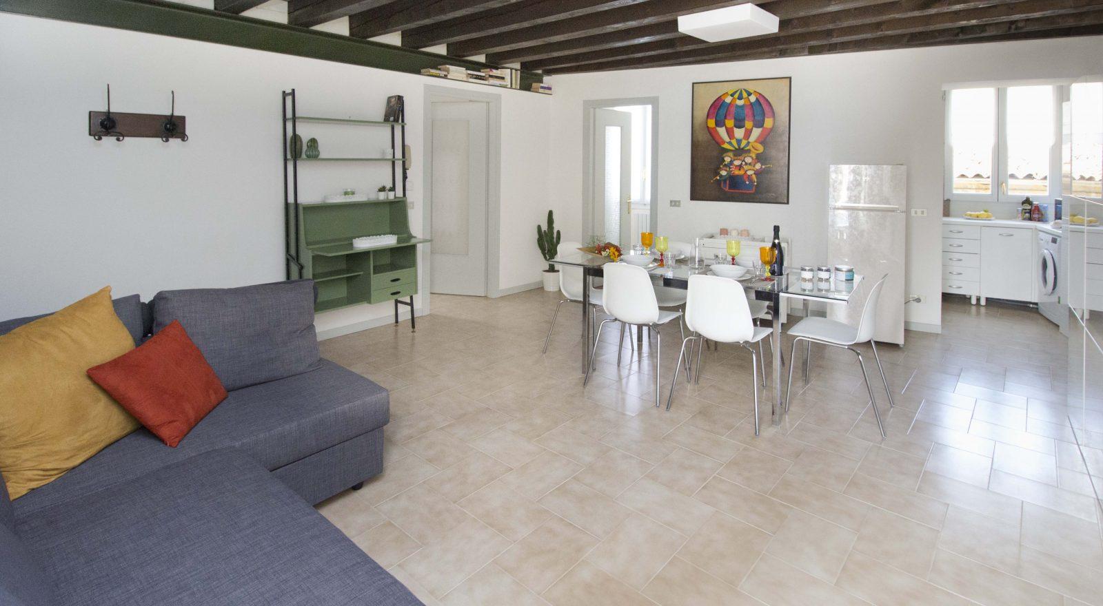 Appartamento Nicchie - Casa Vacanze Iseo Portelle Holiday - soggiorno