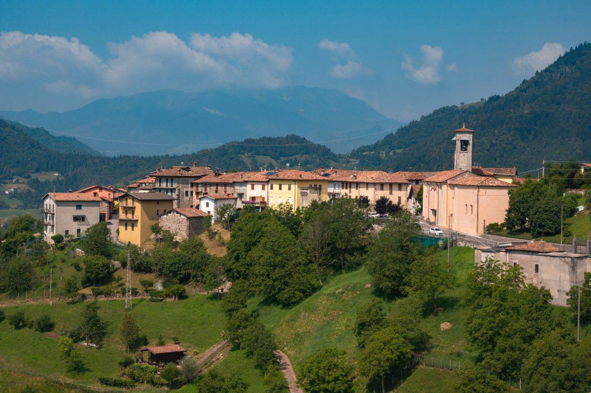 """Belprato """"Borgo dipinto"""", Valle Sabbia"""